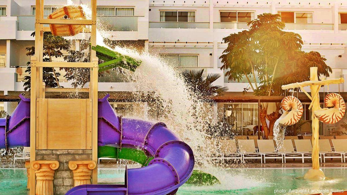 Aequora Lanzarote Suites swimming